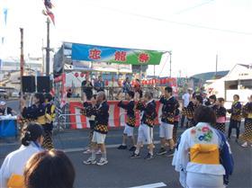 総踊り(2)
