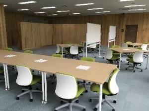 施設案内_3階研究スペース